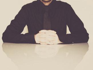 איש עסקים, בכיר , מנהל